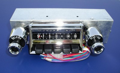 1957 Chevy Wonder Bar Radio